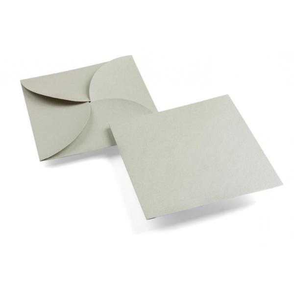 enveloppe carrée forme fleur grise argentée irisée